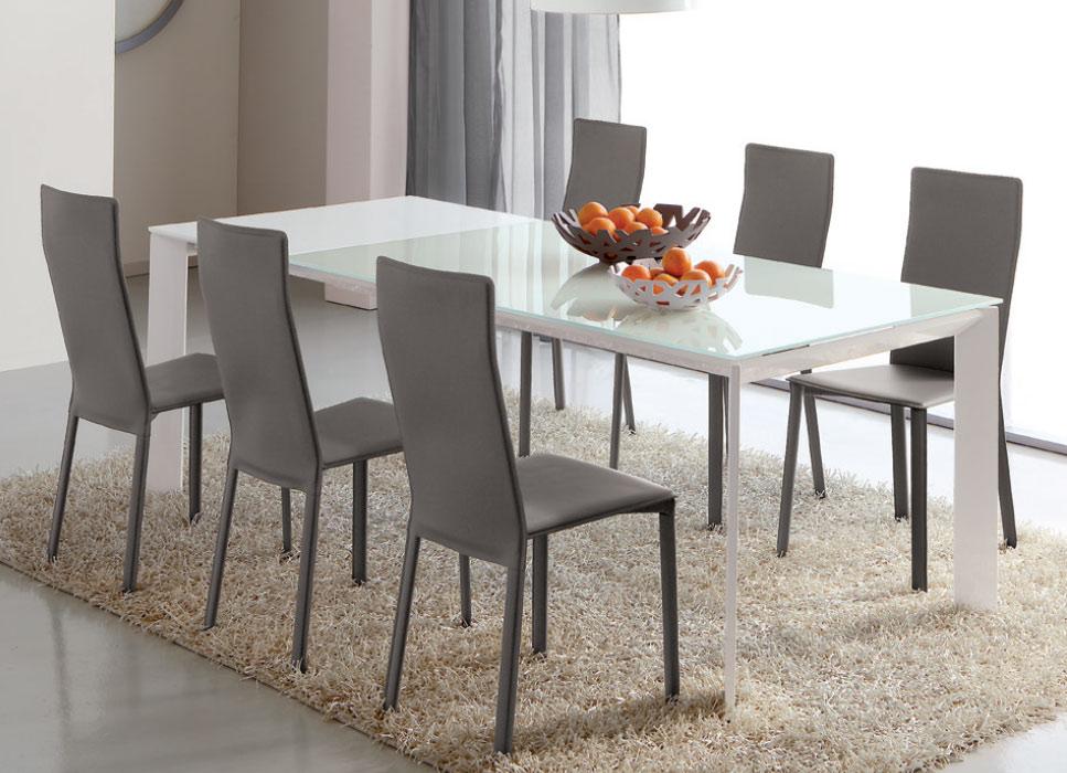 Forum sospensioni lilla viola aiuto for Sedie per tavolo soggiorno